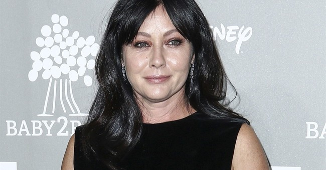 Shannen Doherty gives glimpse of breast cancer treatment