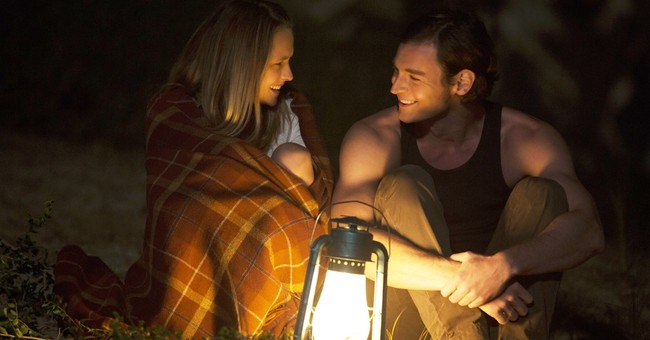 Review: 'The Choice' a Sparks romance with a side of cheese