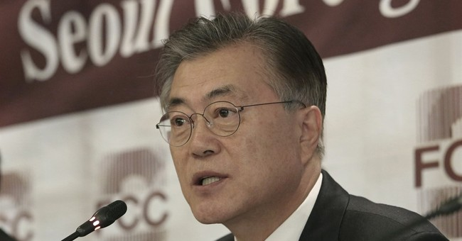 S. Korean presidential hopeful casts doubt over US missiles