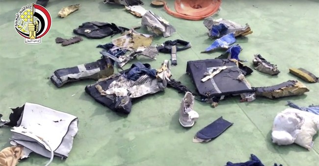 Egypt: Traces of explosives found on victims of Paris flight