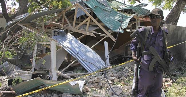 Bomb in teashop explodes in Somalia's capital, killing 6