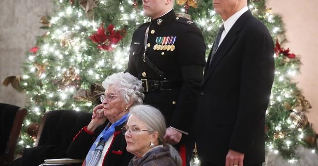 Biden, mourners pay tribute to John Glenn, American hero