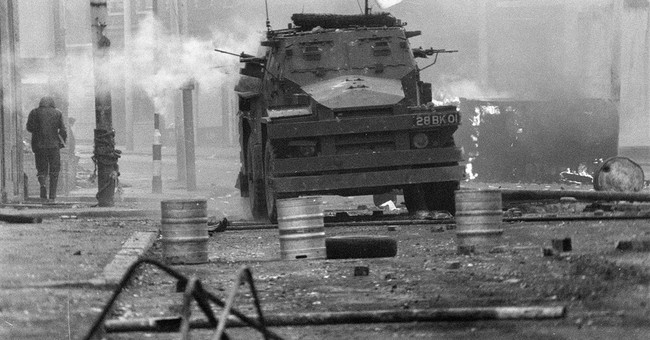 2 ex-UK soldiers face murder charges in 1972 Belfast killing