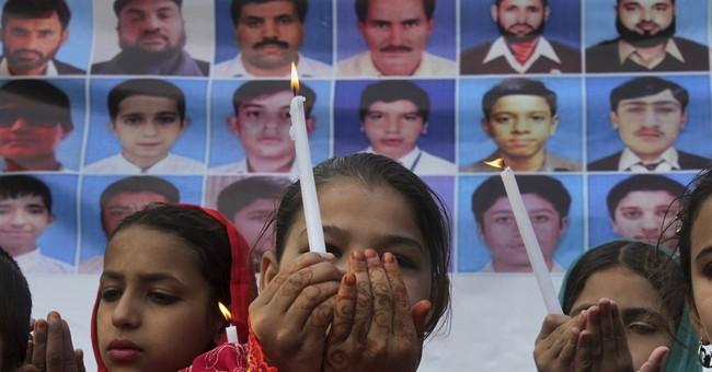 Pakistanis mark 2nd anniversary of Peshawar school attack