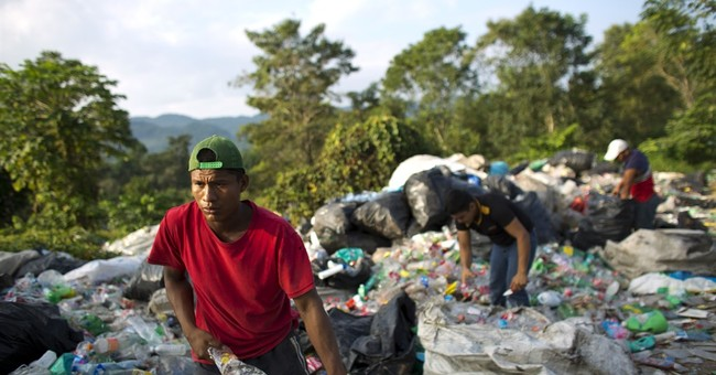 Central American migrants await asylum in southern Mexico