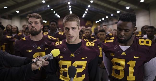 Minnesota team ends boycott threat, will go to Holiday Bowl