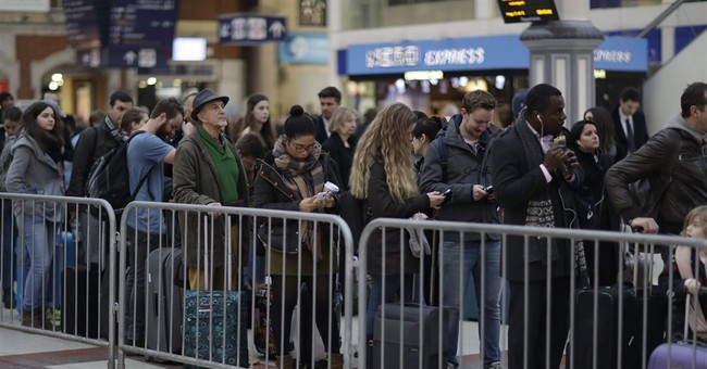 UK faces strike-hit Christmas by post, train and air
