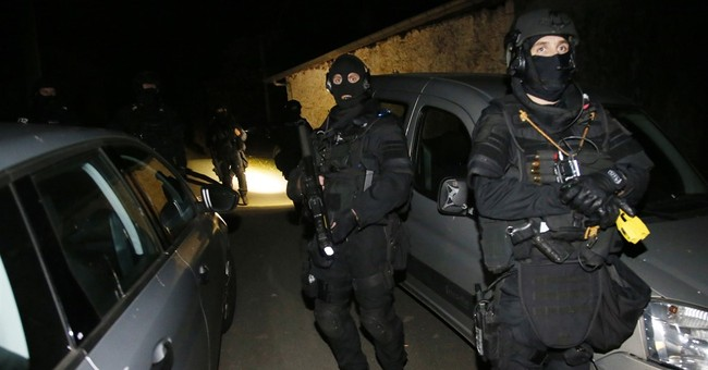 France: police find ETA weapons trove, arrest 5