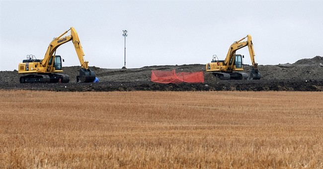 Feds order correction to plan to North Dakota pipeline owner