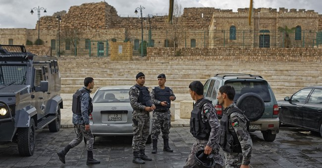 Canada, UK tourists hid in Jordan castle during gun fight