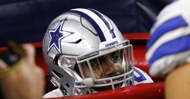 Kettle call: Cowboys ride Elliott's stunt to bounce-back win