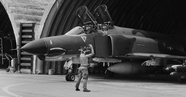 Versatile F-4 Phantoms making 'final flight' for US military