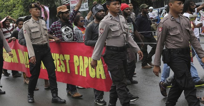 Indonesia police arrest hundreds at West Papua protests