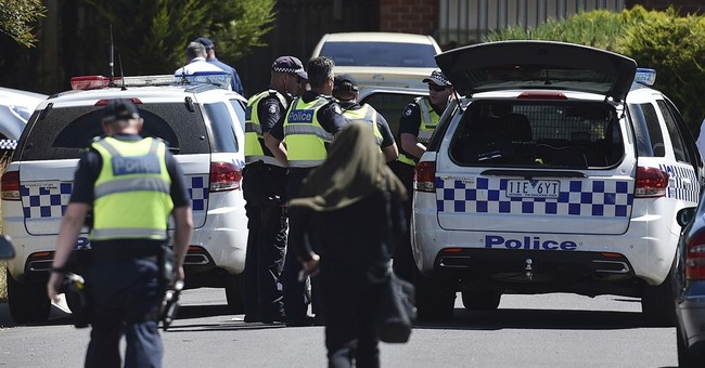 Australia police: Christmas Day bomb plot foiled, 5 detained