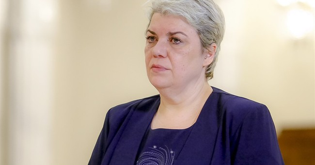 Romania's president says he won't name Muslim woman to be PM