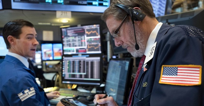 US stocks inch higher in slow pre-holiday trading