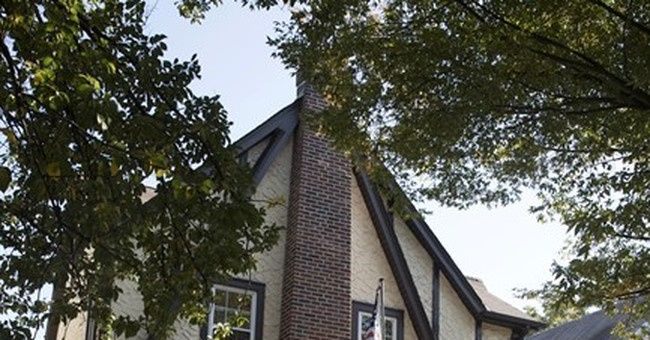 Trump's boyhood home is going back on the auction block