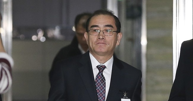 North Korean defector impressed by Seoul political protests