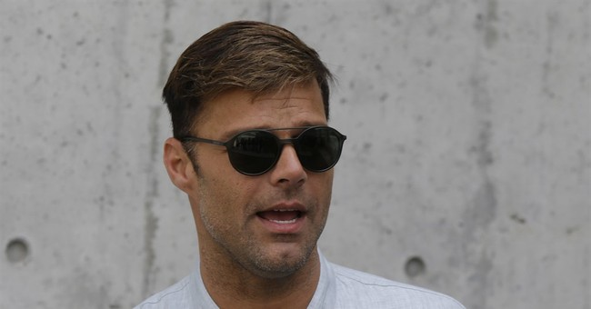 Ricky Martin thanks fans for support over father's illness