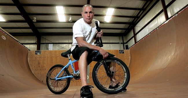 Dave Mirra, who broke barriers on a BMX bike, dies at 41