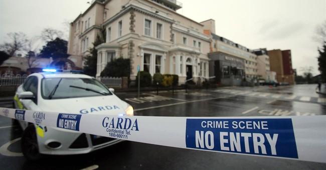 Disguised gunmen target boxing fans in Dublin hotel; 1 dead
