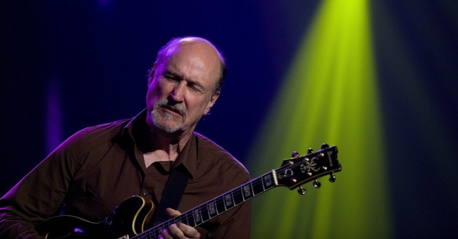 John Scofield goes back to the future on Grammy-nominated CD