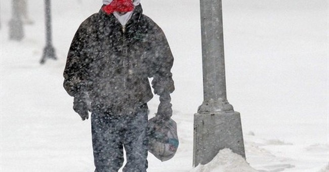 Christmas Day blizzard, ice storms slam northern plains