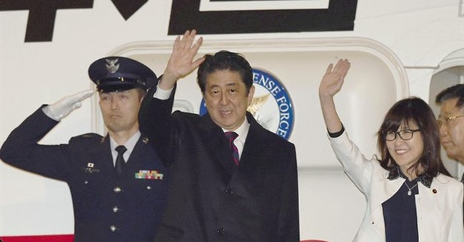 The Latest: Japanese leader attends Pearl Harbor events