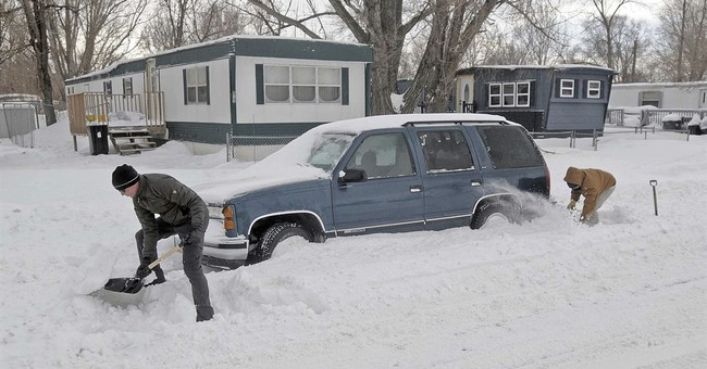 Winter storm weakens but thousands still without power