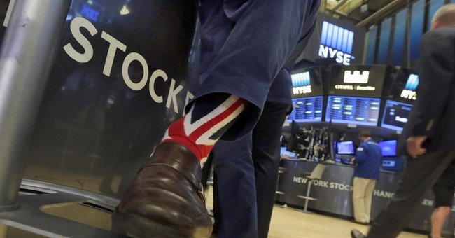 US stocks headed for big gains in 2016 despite early stumble