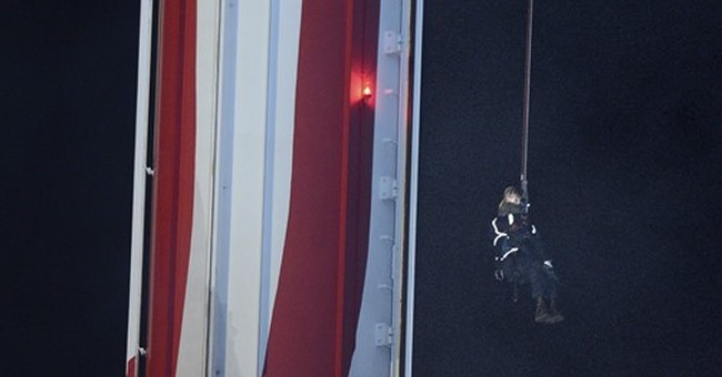 21 people rescued from California ride stuck 100 feet high