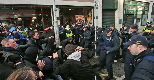 Anti-Islam groups rally across Europe; clashes in Amsterdam