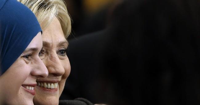 Clinton's New Hampshire challenge: Winning trust