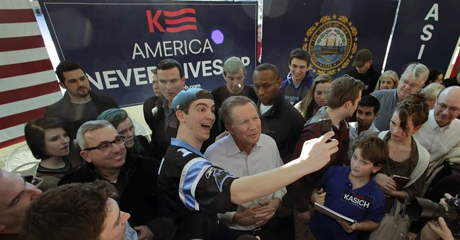 Political tourists flock to New Hampshire for up-close view