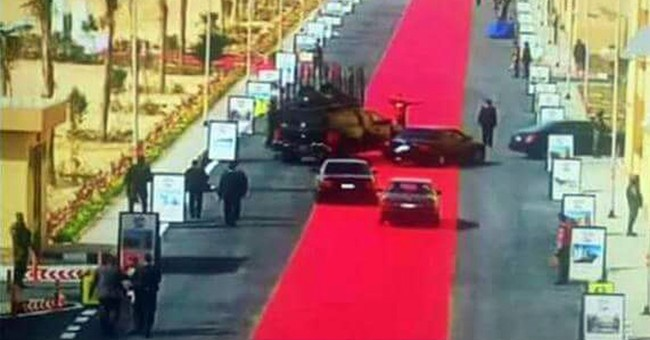 Giant red carpet for Egypt leader's motorcade sparks uproar