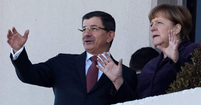 Germany, Turkey vow diplomatic effort to end Aleppo violence