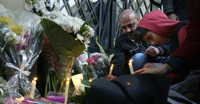 Italy urges Egypt to help find who tortured, killed student