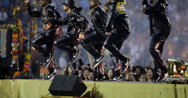Review: Coldplay lets Beyonce, Bruno Mars overshadow band