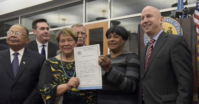 Delaware governor signs resolution apologizing for slavery