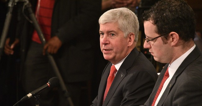 Michigan governor plans $360M for Flint, infrastructure