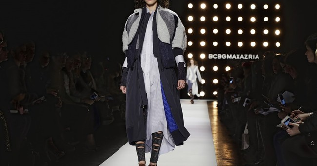 NY Fashion Week: Kanye West wows crowd, BCBG goes Bowie