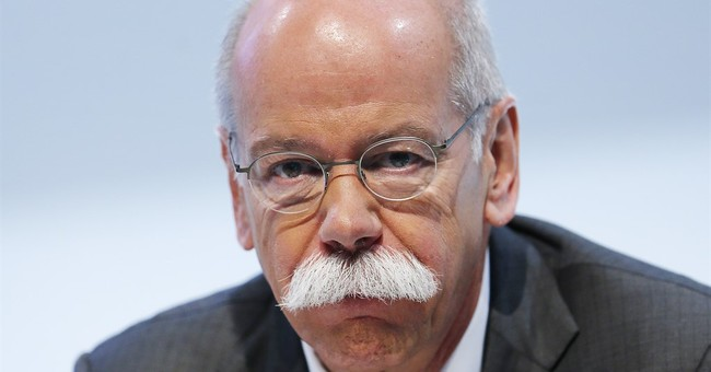 Daimler CEO gets contract extended after record profits
