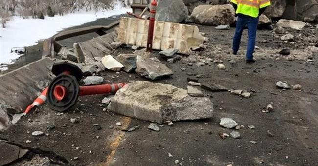 Rock slide forces closure of major Colorado highway