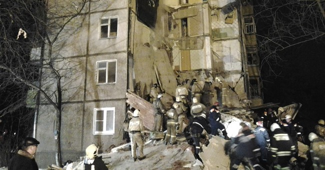 Natural gas explosion in Russian apartment building kills 6