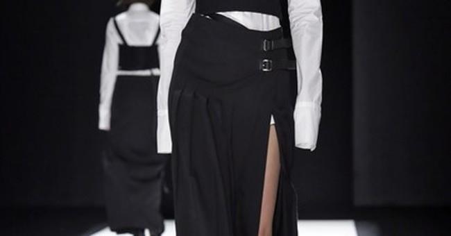 NY Fashion Week:  De la Renta, Rodarte, Vera Wang