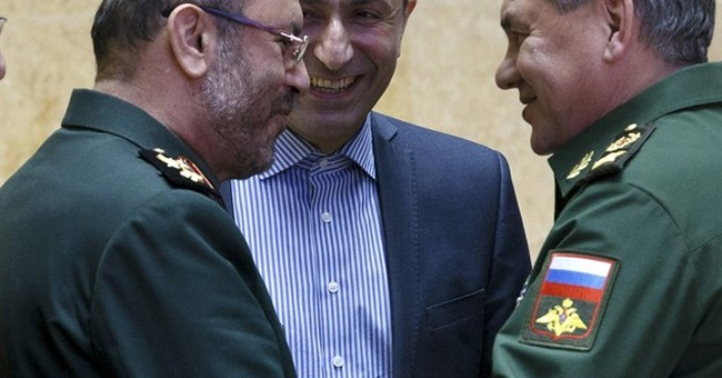 Iranian defense minister in Moscow to boost military ties
