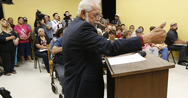 Indicted Texas mayor posts bond after disturbance arrest
