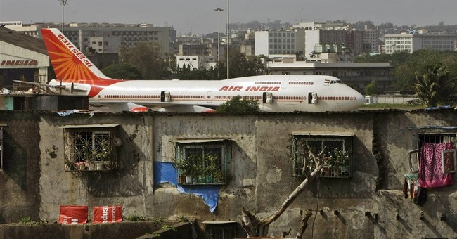 Air travel booms in India, strains creaky infrastructure
