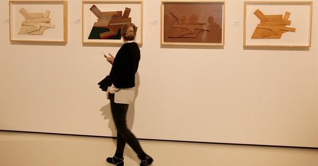Polish museum exhibits US artist Frank Stella's synagogues