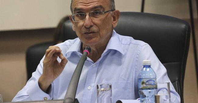 Colombia suspends safe passage for rebel peace negotiators